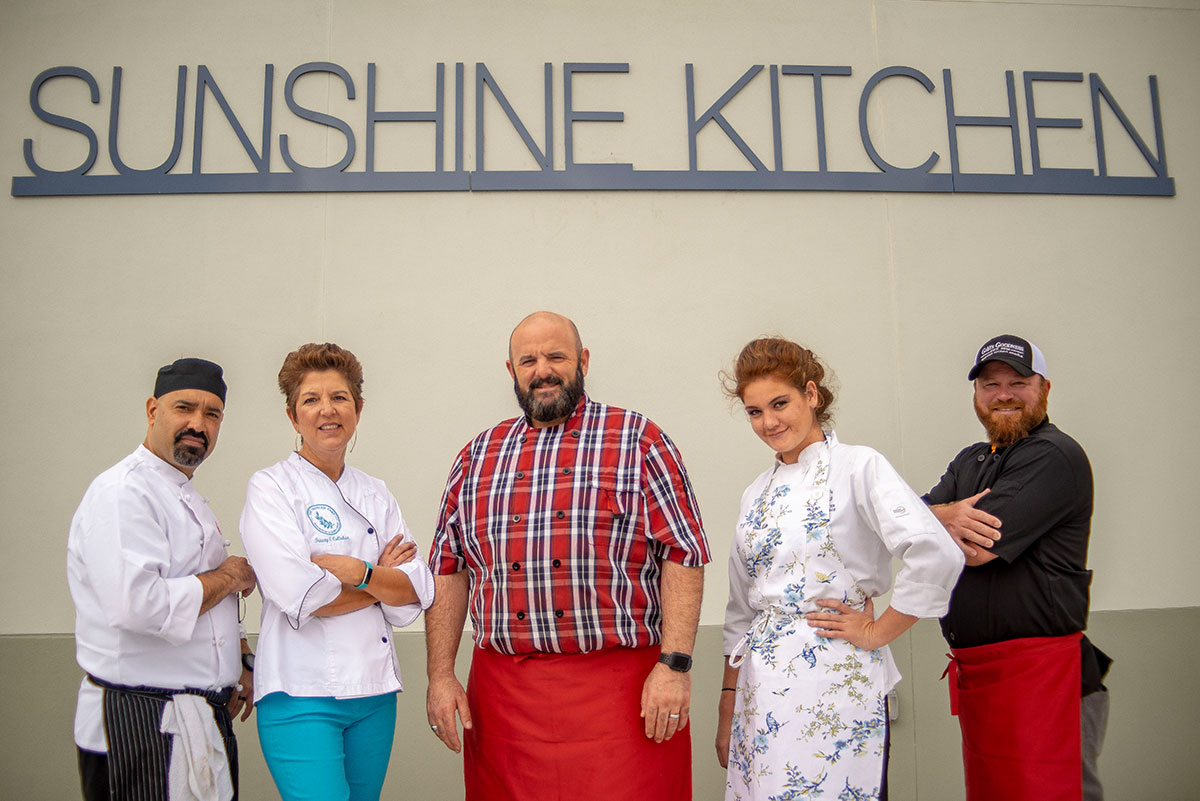 Sunshine Kitchen crew