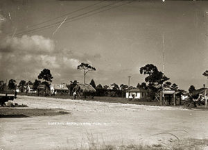 1917 shows how sparse downtown Vero was at the time.