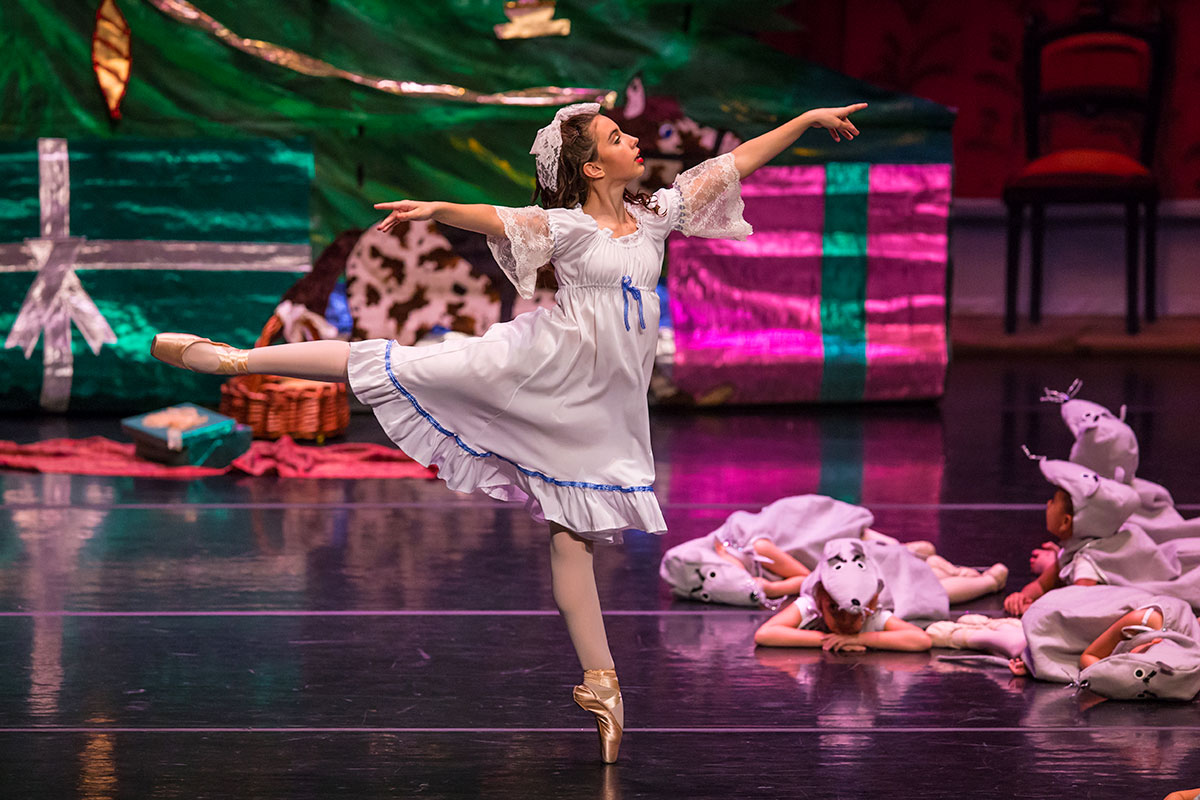 Holiday favorite spreads its magic