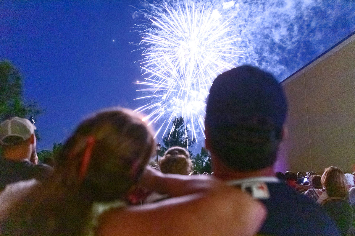 Port St. Lucie couple watches holiday fireworks