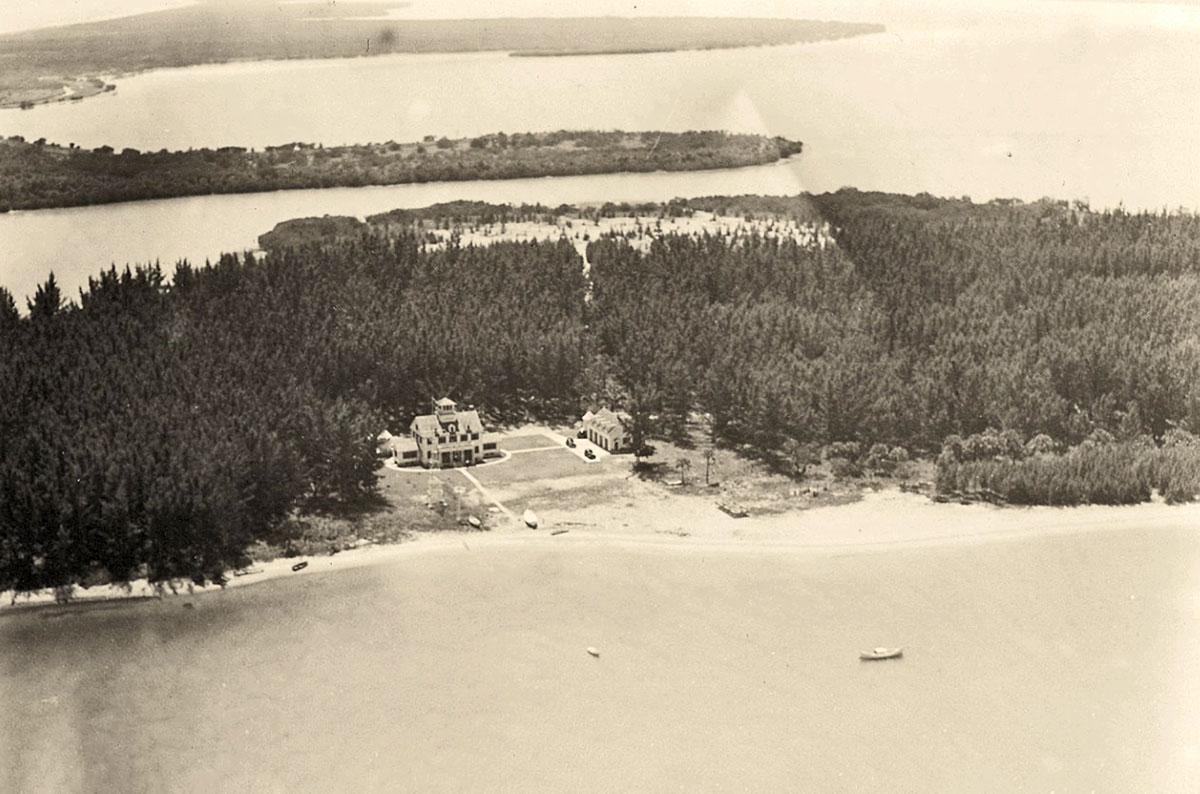 USCGA building on Fort Pierce Inlet in 1940s