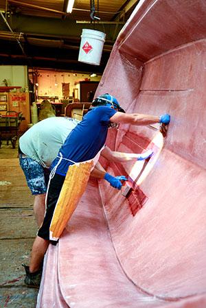 Expert craftsmen at Dragonfly Boatworks